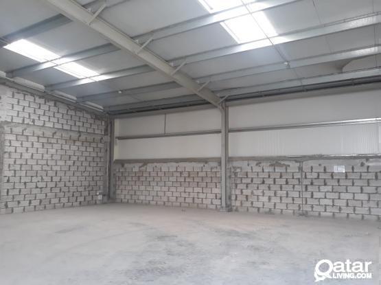 140 Sqm Carpentry or Aluminium or Signage workshop Available in Umm Al Saneem