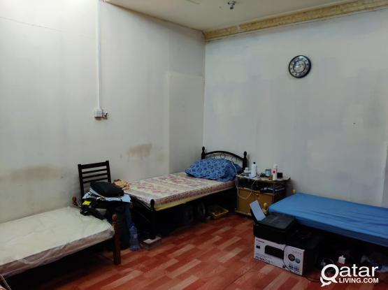 Bachelor Studio Bed-Space Available Near Focus Medical Centre Hilal - Free Wifi & Amenities