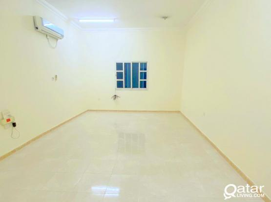 2 BHK APARTMENT IN OLD AIRPORT BEHIND SHOPRITE