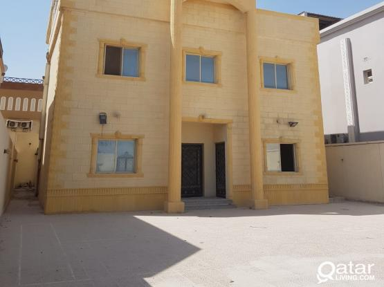 8 bedroom stand alone partition villa for rent in wukair