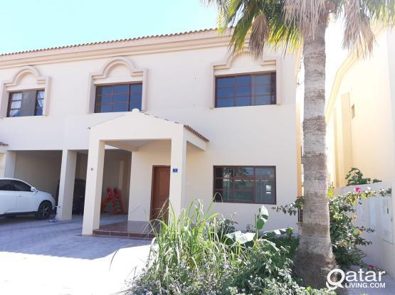 Semi/furnished nice villa 3+1maid room in Duhail
