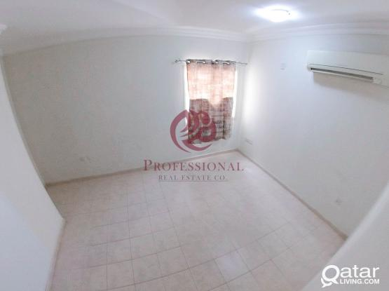 Unfurnished, 2 BHK Apartment in Musheireb near Baby Shop