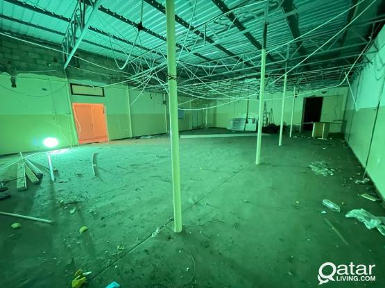 200 SQM SPACIOUS STORE FOR RENT @OLD AIRPORT