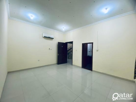 In Thumama area studio Flat for rent very nice location