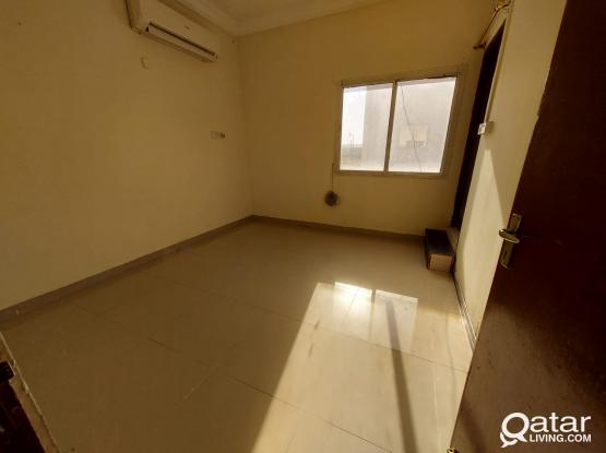 Small 1 Bhk Available In Ain Khalid