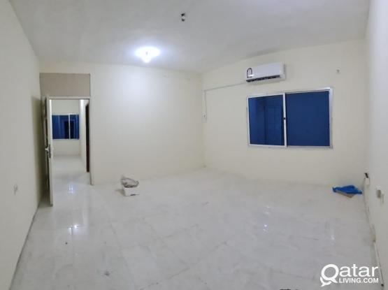 Hot Offer 1 Bedroom and Hall with 1 bathroom in Maamoura near maamoura mall