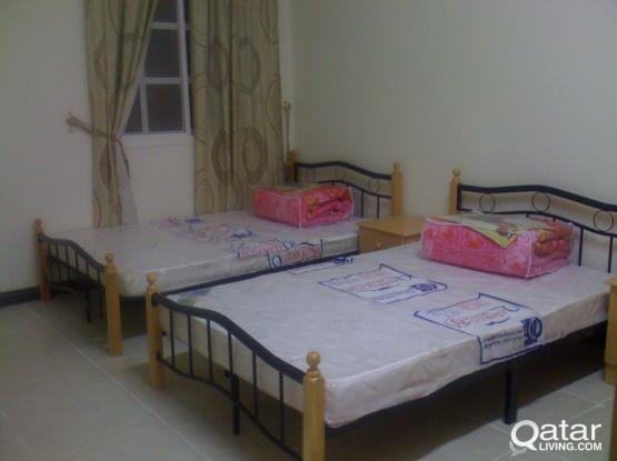 BEDSPACE AVAILABLE GIRLS/LADIES AT ALSALATA STREET