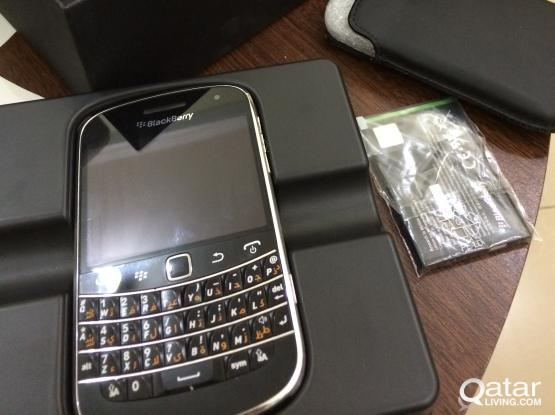Blackberry 9900 good condition for sale