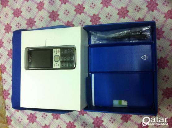 Nokia -c5-00 in excellent condition for sale
