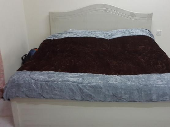 urgent sale bed and matress