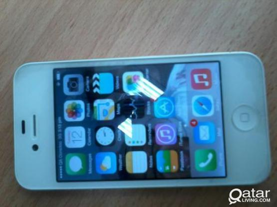 IPHONE 4 ,32 GB WHITE FOR SALE