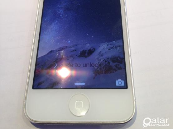 iPhone 5 16gb White  Brand New Condition with Full Set