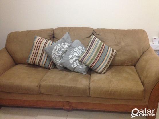 Sofa for sale 3+2+2 seat   Qatar Living