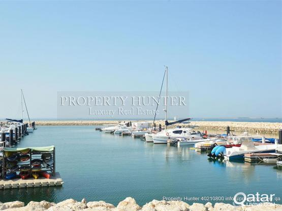 Luxury Retreat; Waterfront 3 Bed Townhouse