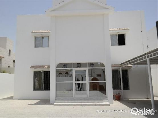 *Very Spacious 3 Bedroom Stand Alone Villa for Fam