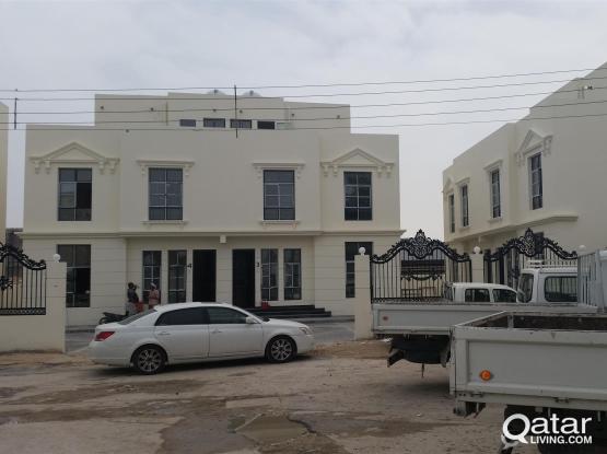 3 Bed Room Unfurniture Apartment For Rent in Al gharafa - Fist Floor