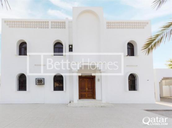 Huge Stand Alone Villa For Rent in West Bay
