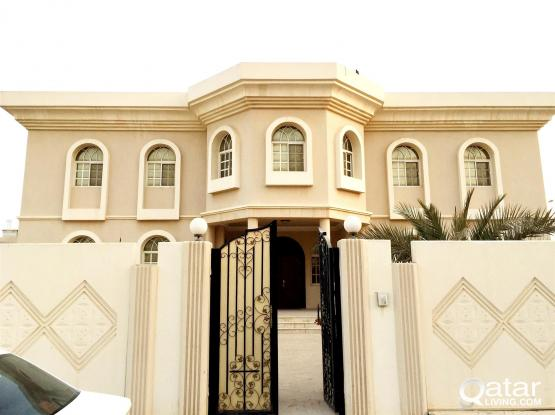 EXECUTIVE STAFFS..BEAUTIFUL 8 BEDROOMS UNFURNISHED VERY BIG STAND ALONE VILLA AT WEST BAY