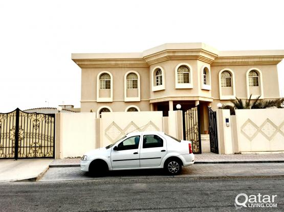 FAMILY OR EXECUTIVES..UNFURNISHED 8 BEDROOMS VERY BIG STAND ALONE VILLA AT WEST BAY , ONAI