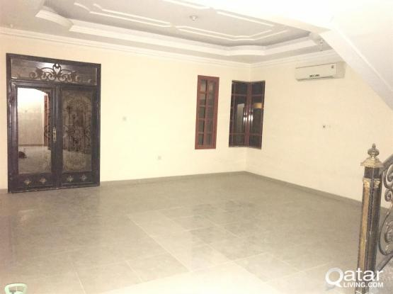 9 Bedroom Villa for rent - Staff / Executives in AinKhalid