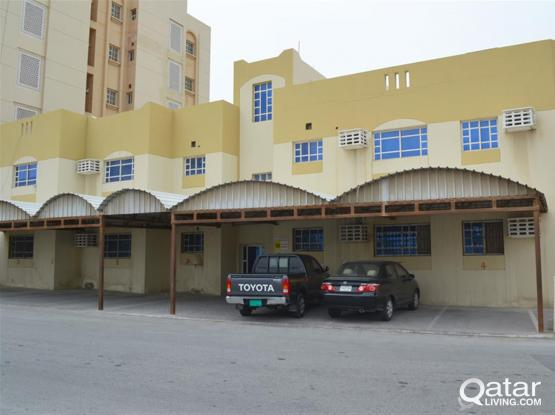 Unfurnished Two bedrooms in Abdel Aziz