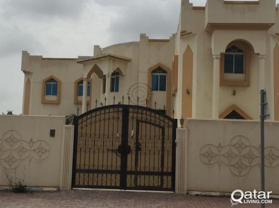 Semi Commercial Villa  Al Dafna for Rent
