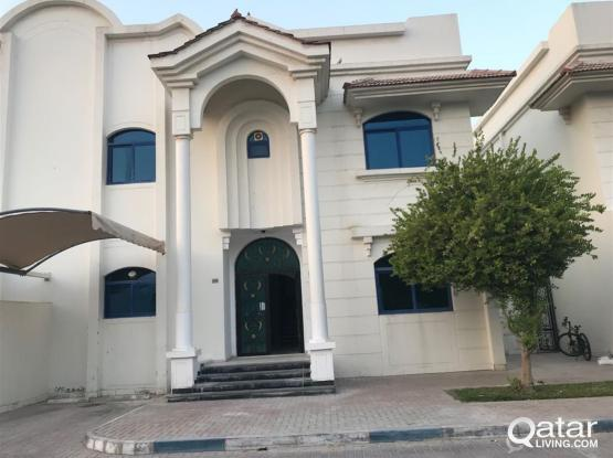 5 BHK Beautiful Compound Villa with Out House @ Hilal