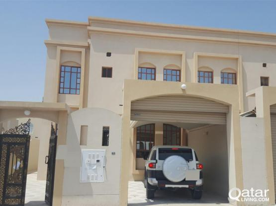 Big Duplex  5 Bedrooms Villa in Thumama for  Executive Bachelors / Family