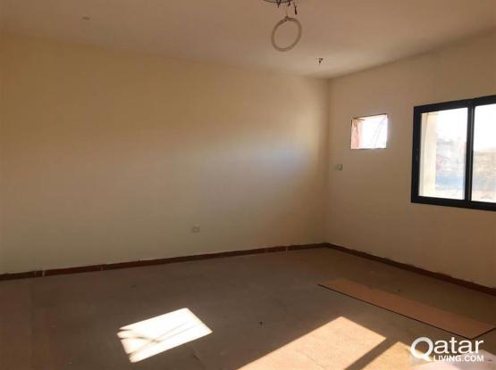 spacious   2 bhk   unfurnished in old airport   for family (  including water electricity)