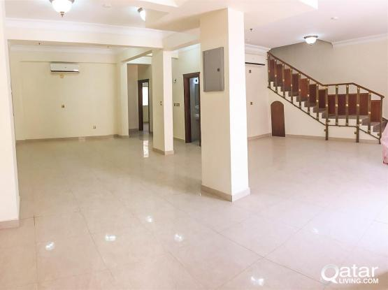 [Brand New] Unfurnished 5-Bedroom Compound Villa in Muaither [FURUSIYA STREET]