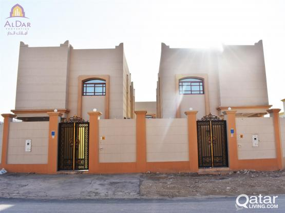 No commission - Six Bedroom StandAlone Villa In Al Kheesa