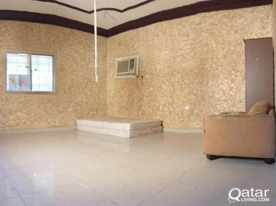 Accommodation available for family in madinath khalifa-(north)