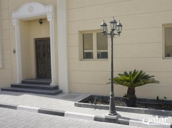 BACHELORE  6 BHK VILLA FOR RENT IN THUMAMA NEAR : F-RING ROAD