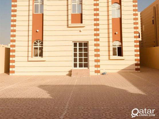 "9 Rooms STAFFS Villa At Al khor oppo Ansar Gallery ""NO NEED COMMISSION"""