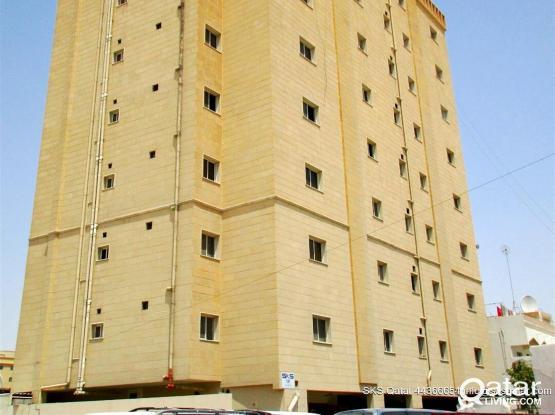 1BEDROOM FLAT IN OLD AL GHANEM - For Bachelors  Behind Al Watan Center & Malabar Gold.