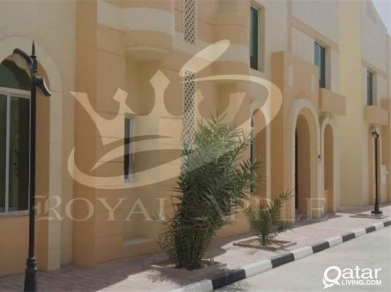 Ex-Bachelor 7 Bedroom 5 Bathroom Semifurnished Compound Villa in Ain Khalid Near Ain Khalid Gate