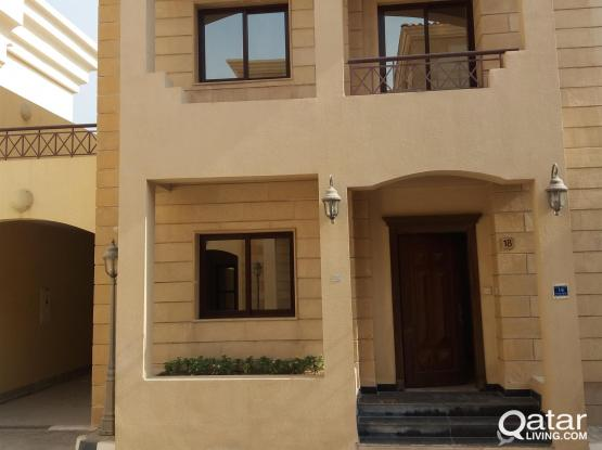 Great News ! 4 Bedrooms Luxury Compound Villa @ Hilal with Attractive Price !
