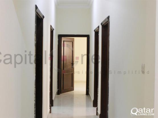 3 Bedroom Flat for Bachelors!!│Old Airport
