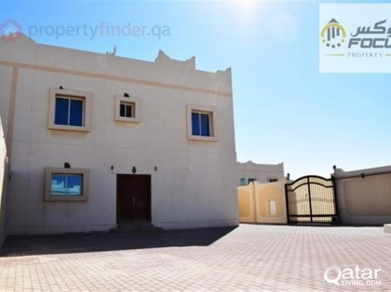 3bed stand alone villa with big front yard