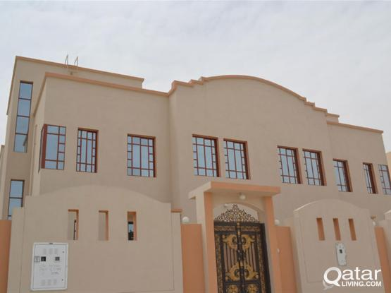 Duplex 6-Bedrooms Villa in Ain Khaled Suitable for family/staff