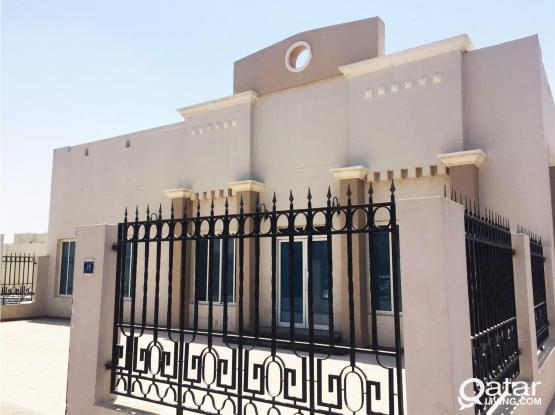 3 bedrooms villa for rent in Old Airport