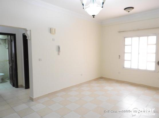 2 BEDROOM UNFURNISHED FLATS IN MUGHALINA- Near Ol