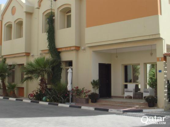 4 Bhk Uf Compound Villa Available  For Rent Abu Hamour