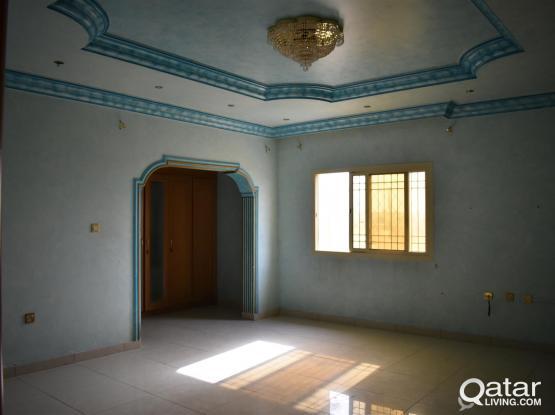 for rent big studio luxurious-villa like new