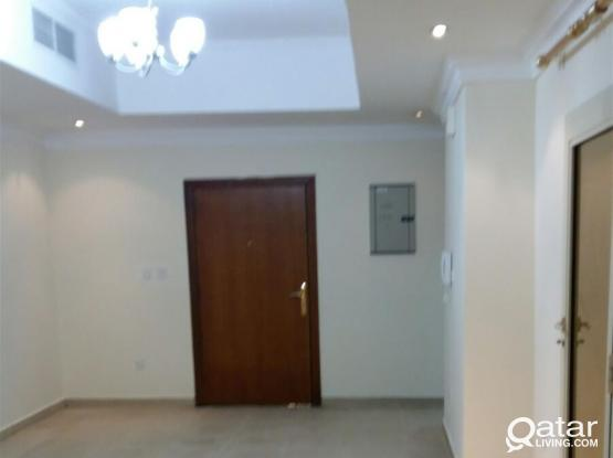 1 MONTH FREE : EXCELLENT 2 BHK UNFURNISHED FLAT WITH BIG HALL+BALCONY+CETRALISED AC IN MANSOURA NEAR AL MEERA