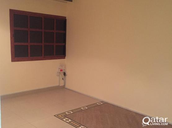 -NO COMMISSION- STUDIO FULLY FURNISHED ONE ROOM EX