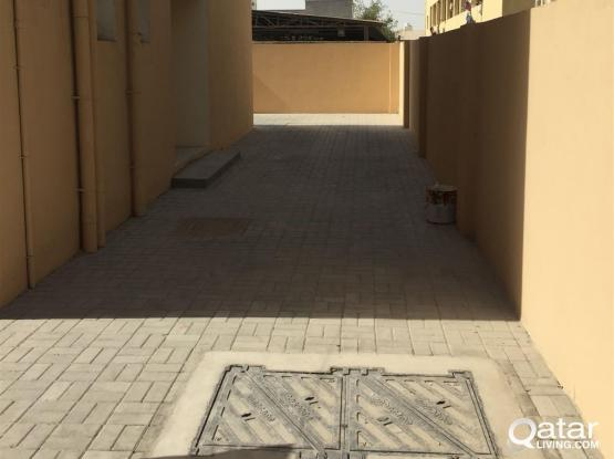 100 ROOM FOR RENT IN INDUSTRIAL AREA