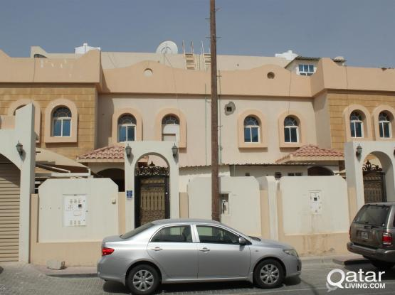 ONE BEDROOM HALL KITCHEN BATHROOM AVAILABLE NEAR ANSAR GALLERY THUMAMA