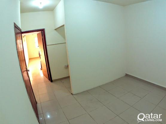 Affordable!! 1 Bedroom Flats│Old Airport
