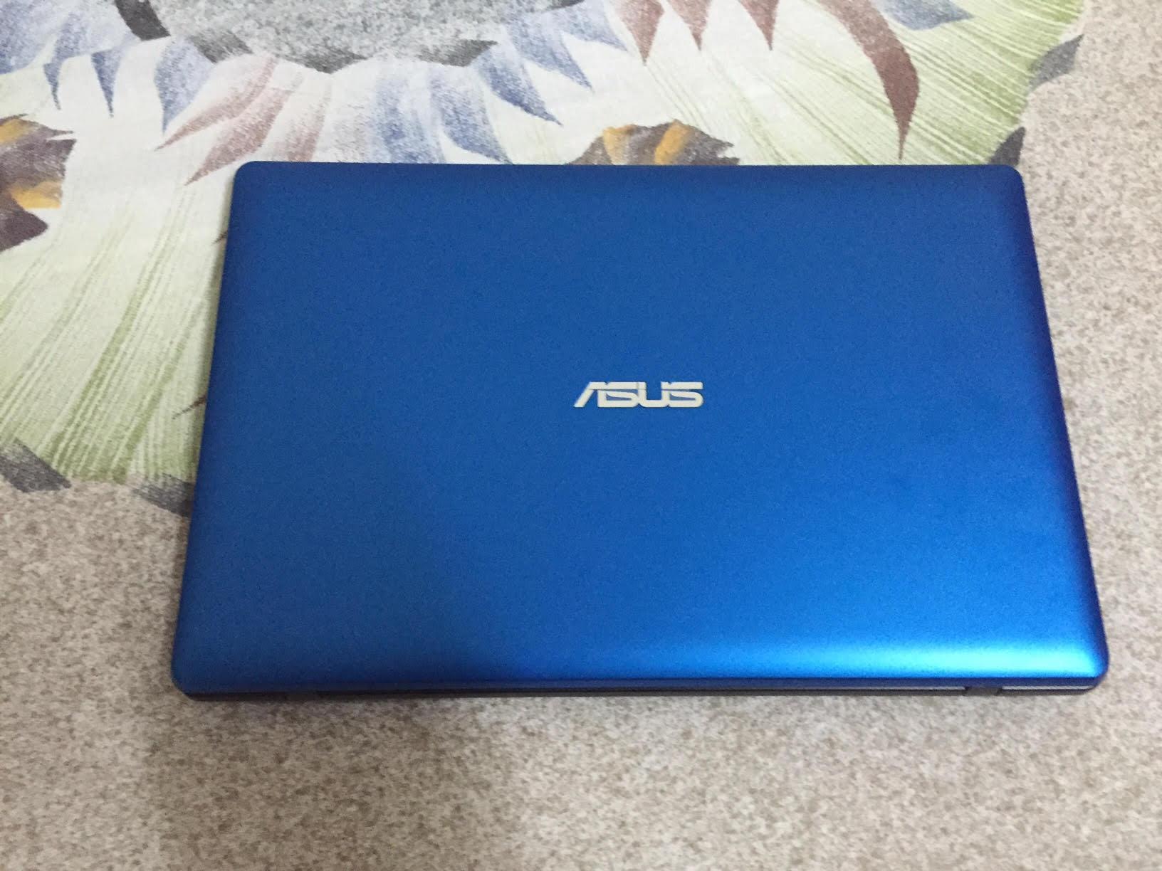"Asus model X200M Notebook 11.6"""